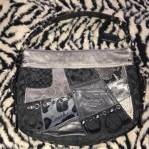 Coach patchwork Zoe Black and gray handbag 🍒